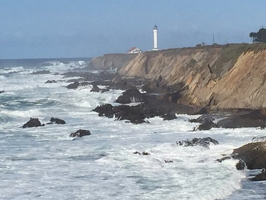 Point Arena, CA: Beautiful views, worth a visit