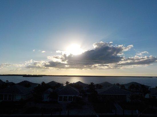Bimini: Sunrise