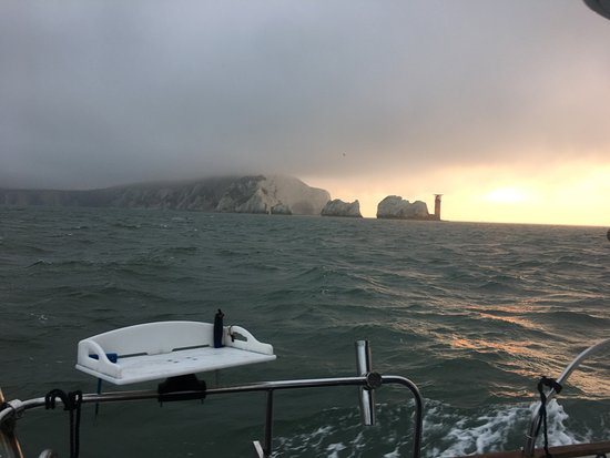 Lymington, UK : Sunrise at the needles