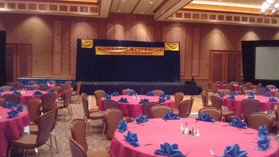 Barona Resort & Casino: Stage is set to give out Tourney prizes, eat a great meal, and mingle before entertainment & dan