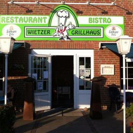 Wietze, Germany: entrance