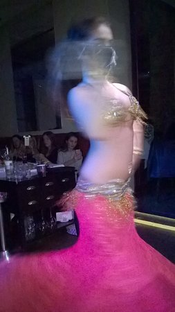 Zarifi: Belly dancer