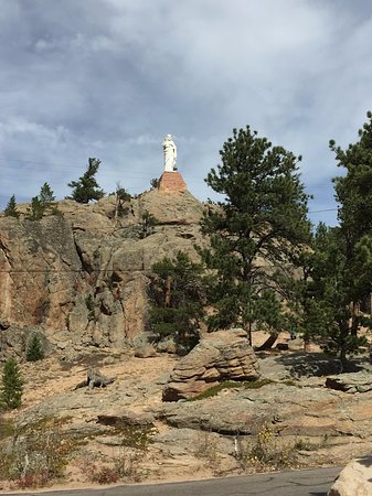 Allenspark, Colorado: Statue