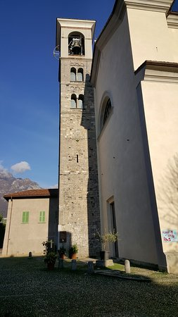 Mandello del Lario, Italia: Campanile della Chiesa di San Lorenzo