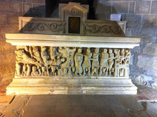 Saint-Hilaire, França: le sarcophage de Saint SERNIN