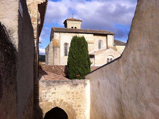 Saint-Hilaire, França: Vue depuis l'escalier des caves