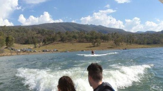 Boonah, ออสเตรเลีย: Enjoy yourself out on the water or in the water.