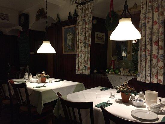 Hotel Grüner Baum: Tables