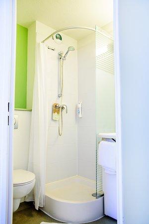 Petite-Foret, Франция: Choisissez votre configuration de salle de bain
