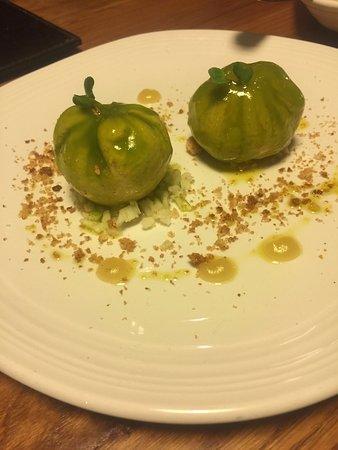 food lover tour tapas lover tour en sevilla manzanas con foie una locura