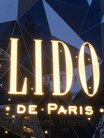 Le lido de paris picture of le lido paris tripadvisor for Photo de paris