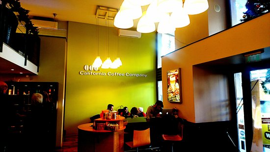 Budapest - California Coffee Company - ambience - Picture of