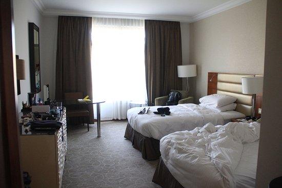 Grand Hyatt Amman: Large comfortable rooms.