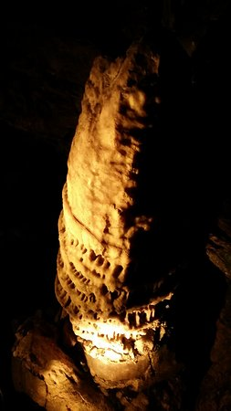 Howes Cave, État de New York : Howe Caverns: Stalagmite