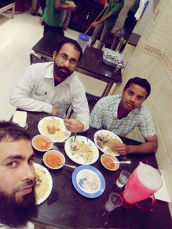 Royal Qatar Hotel: enjoy lunch at Qatar