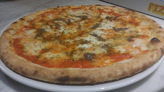 Campegine, İtalya: Pizzeria Canalvecchio di Coppola Pasquale