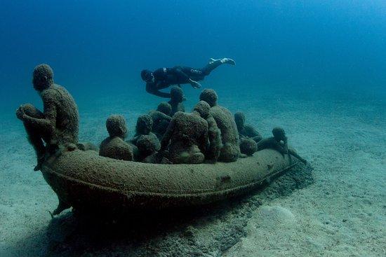 Apnea canarias lanzarote spain top tips before you go for Spain underwater museum