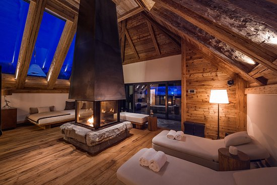 The Panorama Suite Picture Of The Alpina Gstaad Gstaad TripAdvisor - Hotel alpina gstaad