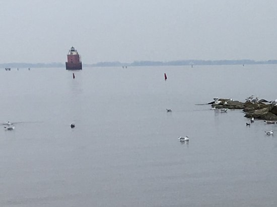 Annapolis, MD: the light house at sandy point