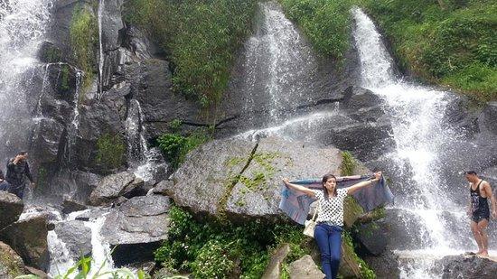 Pematangsiantar, إندونيسيا: air terjunnya
