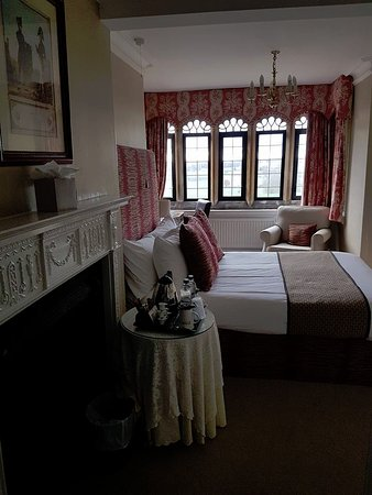 Creaton, UK: Room #208. A beautiful room with lovely views, it is at the front of the main house, some road n