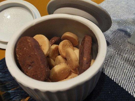 上山市, 山形県, お部屋にクッキーが備えられています