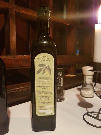Istarska Konoba Buici: Homemade extra virgine olive oil