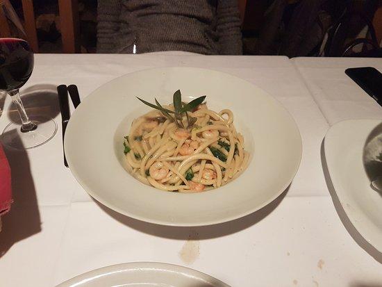 Istarska Konoba Buici: Homemade pasta, pljukanci, with shrimps and rucola