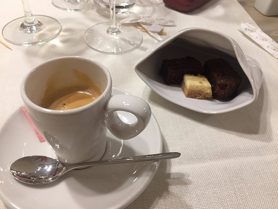 Cornudella de Montsant, Spanyol: Café con compañia