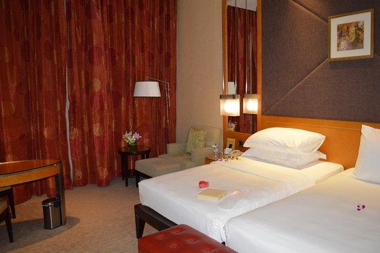 Foto Al Raha Beach Hotel