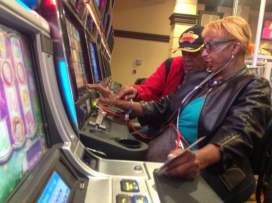 Silver Sevens Hotel & Casino: Working the machines