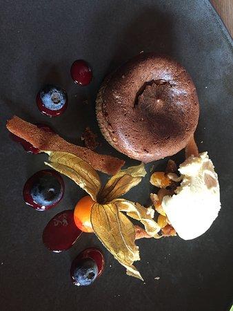Val Thorens, Francia: moelleux chocolat avec coeur framboise