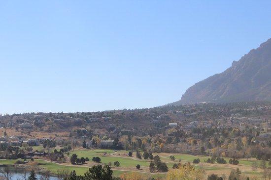 Cheyenne Mountain Resort: Lobby Area