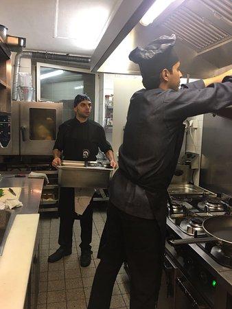 Giessen, Germany: es geht los in der ATLAS Küche