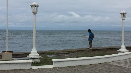 Hotel Partenon Beach La Ceiba : Malecon on one of the public beaches in La Ceiba