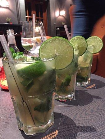 Wevelgem, Belçika: Fazant fine champagne, specialiteiten menu, feest, moijto