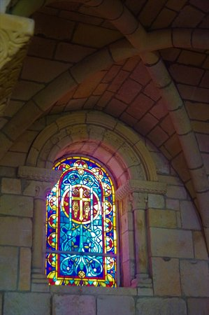 Βόρειο Μαϊάμι Beach, Φλόριντα: Beautiful stained glass windows and arches