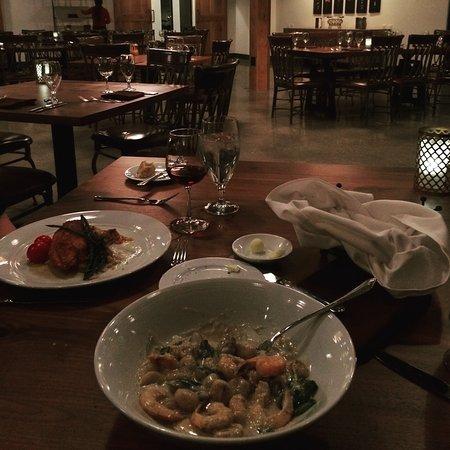 Braselton, GA: Cafe Elan Dinner and Wine