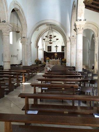 Sober interieur - Foto di Chiesa Matrice di San Nicola Patara ...