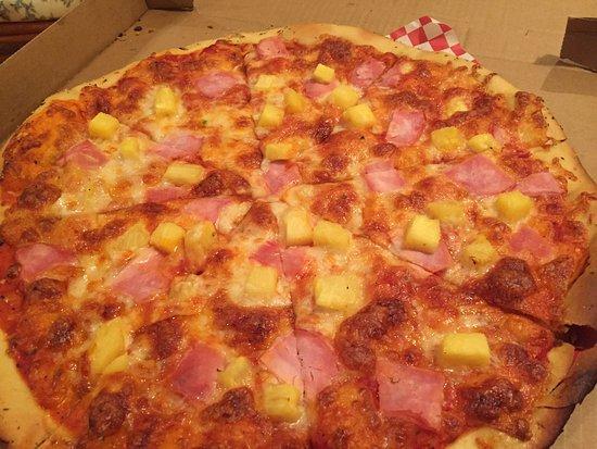 "Mercer Island, WA: 16"" Canadian Bacon and Pineapple"