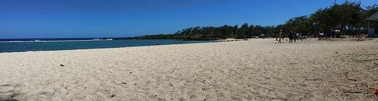 Le Bouchon: La Cambuse Beach