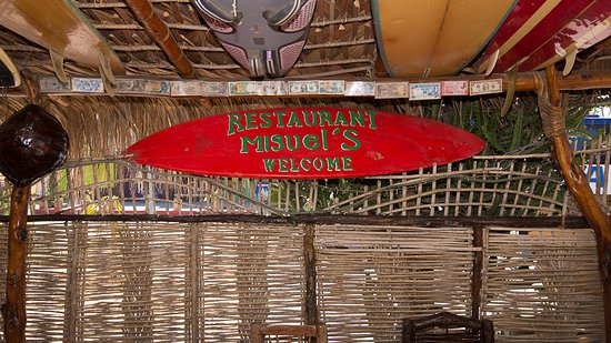 CalyCanto Casitas: Miguel's restaurant in the town of Todos Santos. Great chilis relleno