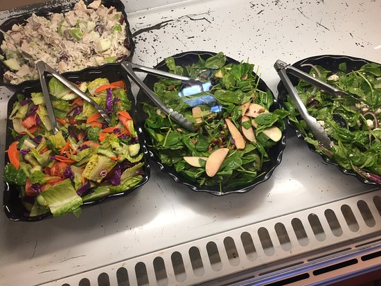 Wayne, Pensylwania: Greatest salads!!