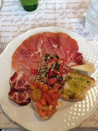 Trevi, Italië: Antipasto