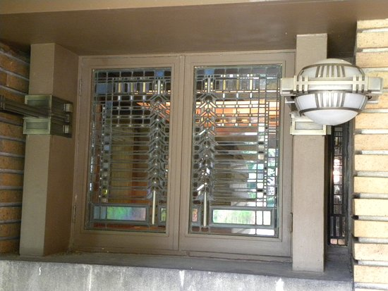 Frank Lloyd Wright's Darwin D. Martin House Complex: the iconic windows