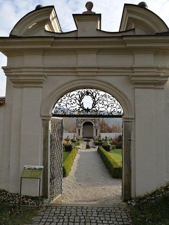 Neuburg am Inn, Deutschland: Lustgarten