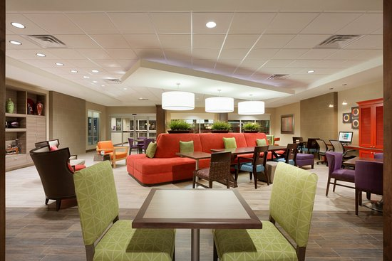 Fort Smith, AR: Lobby and Dining Area