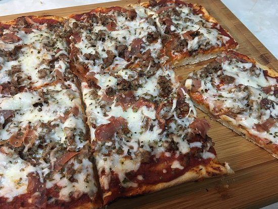 Maspeth, NY: This is my Sicilian sausage and prosciutto pizza made with Rosa's dough.