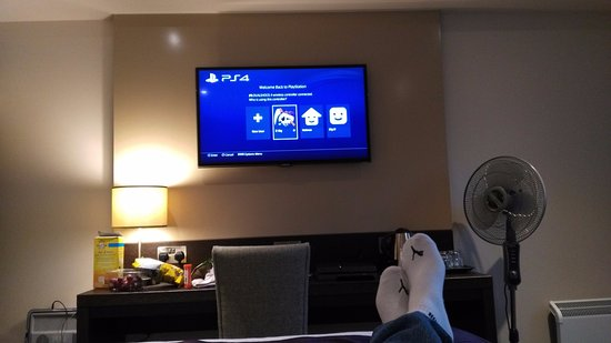 "Premier Inn Hayle: Playstation plugged into HDMI on a 32"" screen, ready to chill"