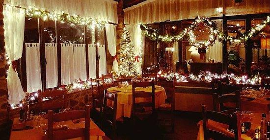 Bucine, Italy: sala interno neve